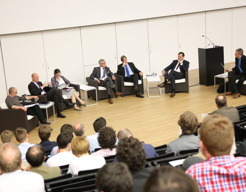 Debat 'De universiteit is dood! Lang leve de universiteit!'