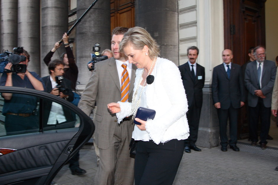 Congres van de 'European Association of Plastic Surgeons' (EURAPS): HKH Prinses Astrid verlaat de Aula