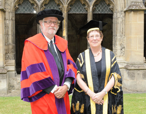 Prof. Paul Van Cauwenberge (rector UGent) en prof. dame Julia Goodfellow (Vice-Chancellor University of Kent)