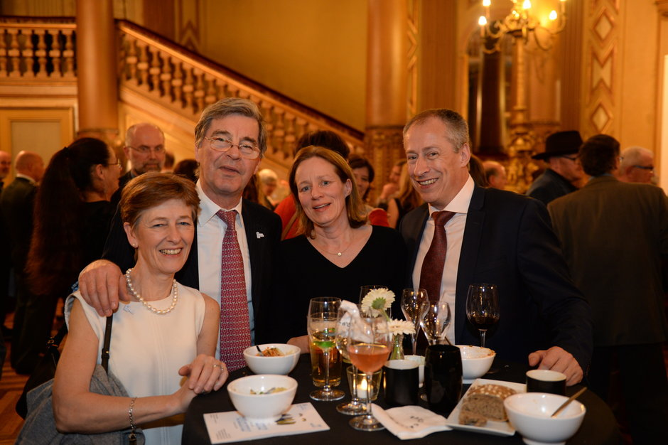 Dies Natalis, walking dinner in Opera Gent