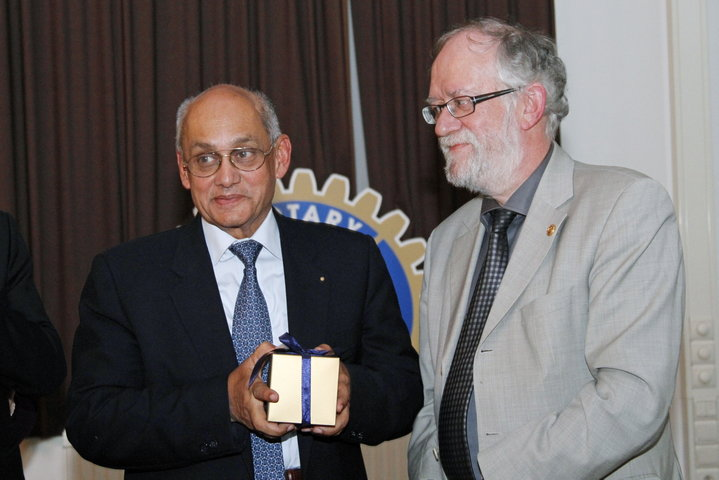 Bezoek President Rotary International-9630